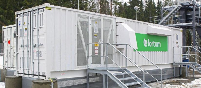 Sähköjärjestelmän perusasioiden äärellä, osa 2: Voiko akuilla korvata vesivoimaasäätövoimana?